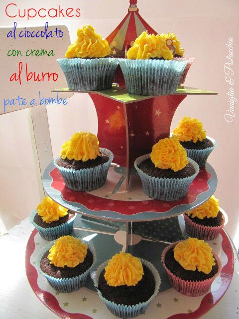 Cupcakes al cacao con crema al burro base pàte à bombe