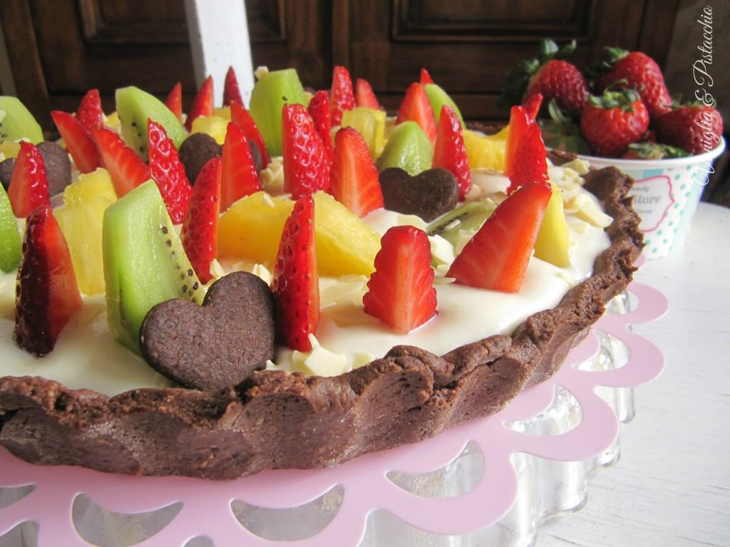 Crostata di frutta con mousse al cioccolato