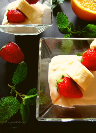 06ef6cda96a9 Spiedini di frutta in crema di yogurt